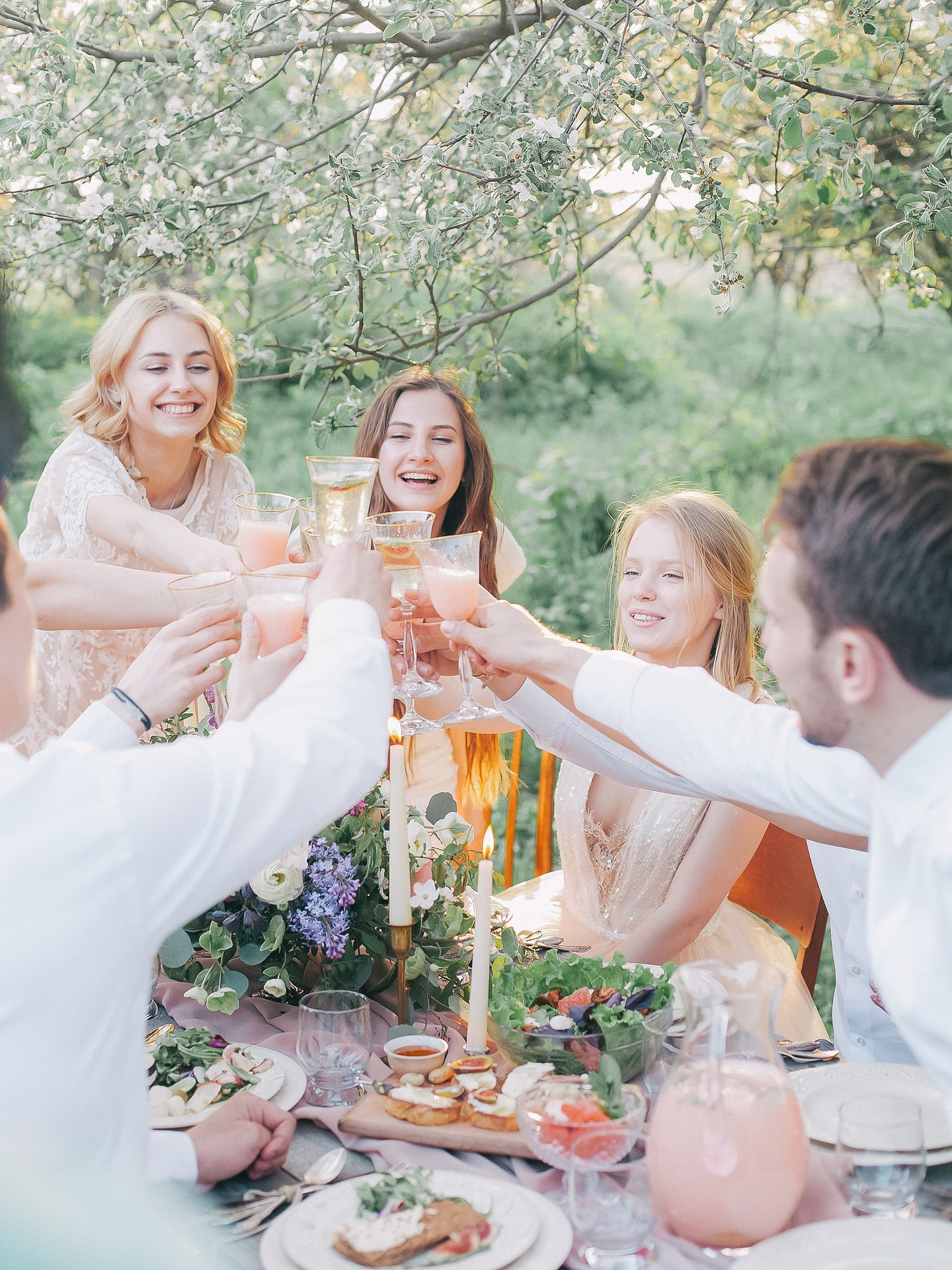 wsmile-food&lifestyle-picknick-friends-family-food